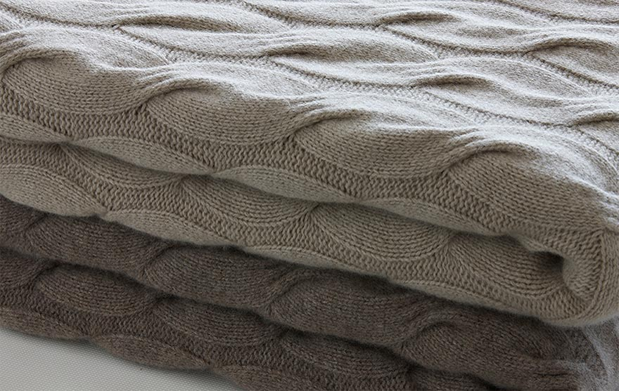 pure italian cashmere throws