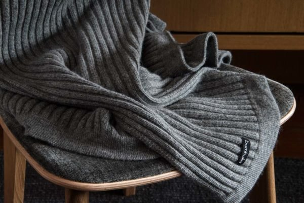 wide rib in grey colour