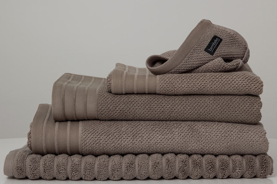 jacquard towels in mocha colour