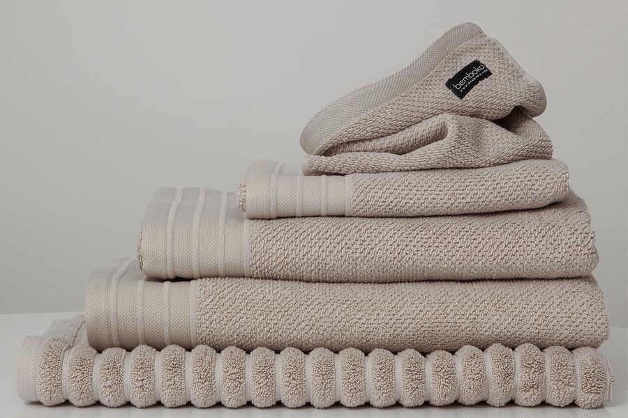 jacquard towels in wheat colour