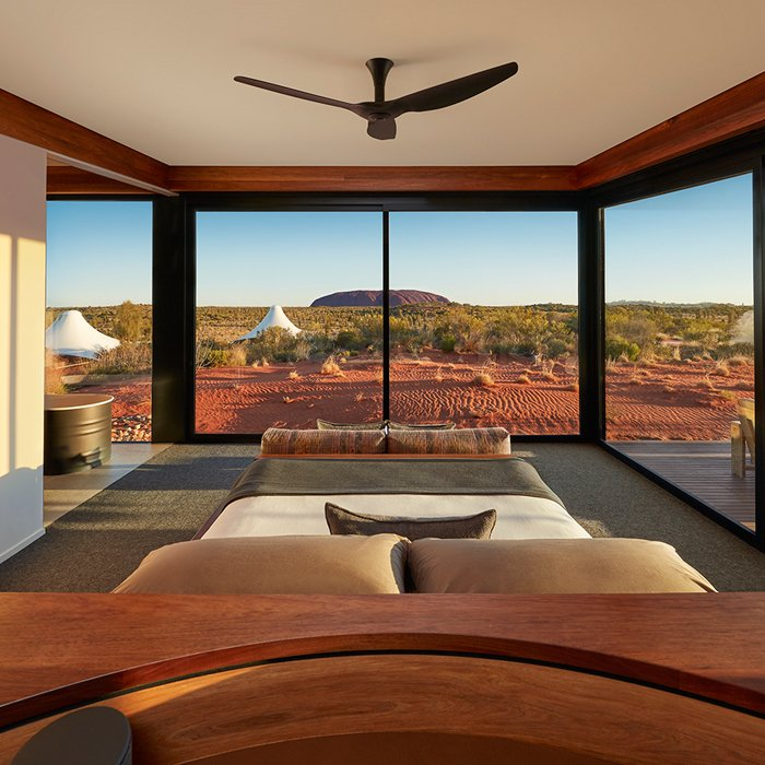 Longitude 131 - Uluru