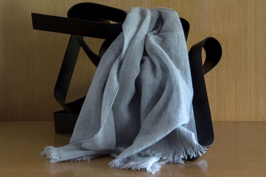 scarf | dove colour