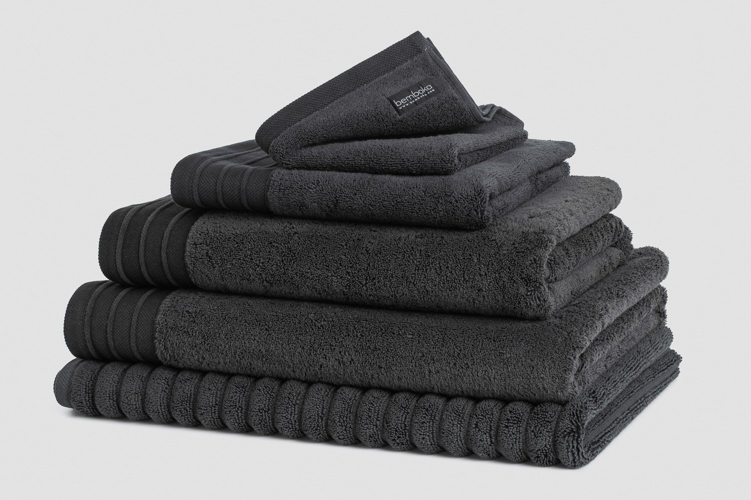 luxe bath towels in charcoal colour