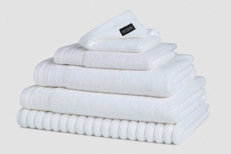 luxebath towels in white colour colour