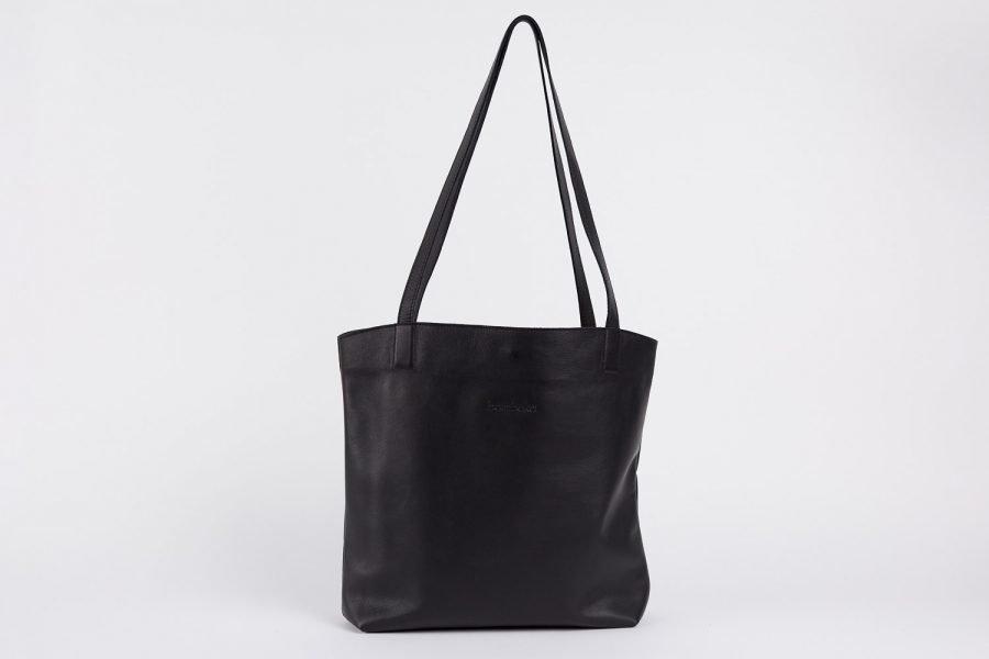 bredbo tote in black italian leather