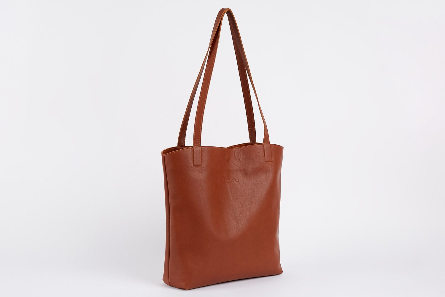 bredbo tote in dark tan italian leather