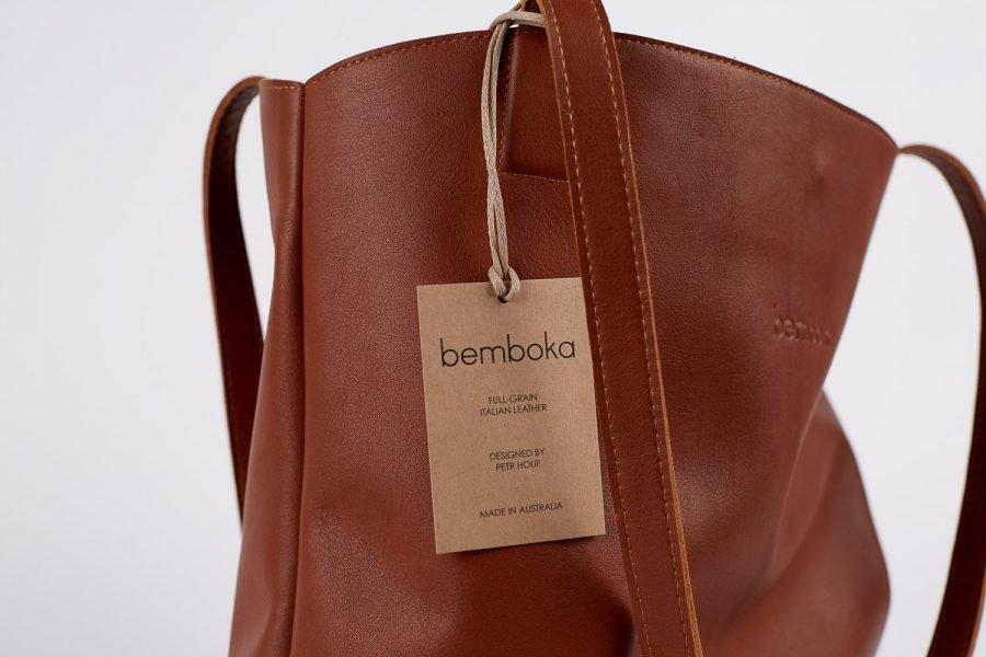 bredbo tote in dark tan italian leather