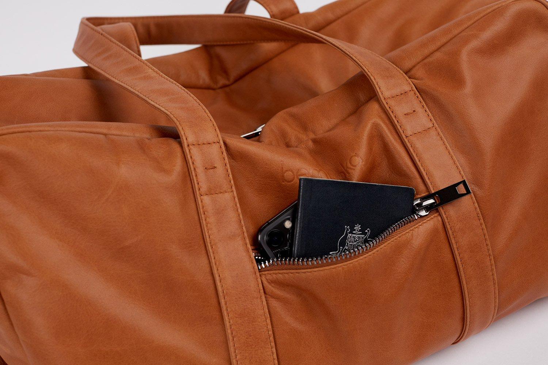 travel bag in tan italian leather