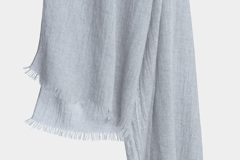 italian cashmere scarf in dove