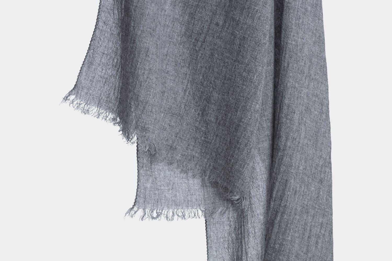 italian cashmere scarf in grey