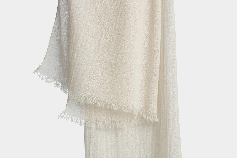 italian cashmere scarf in sand