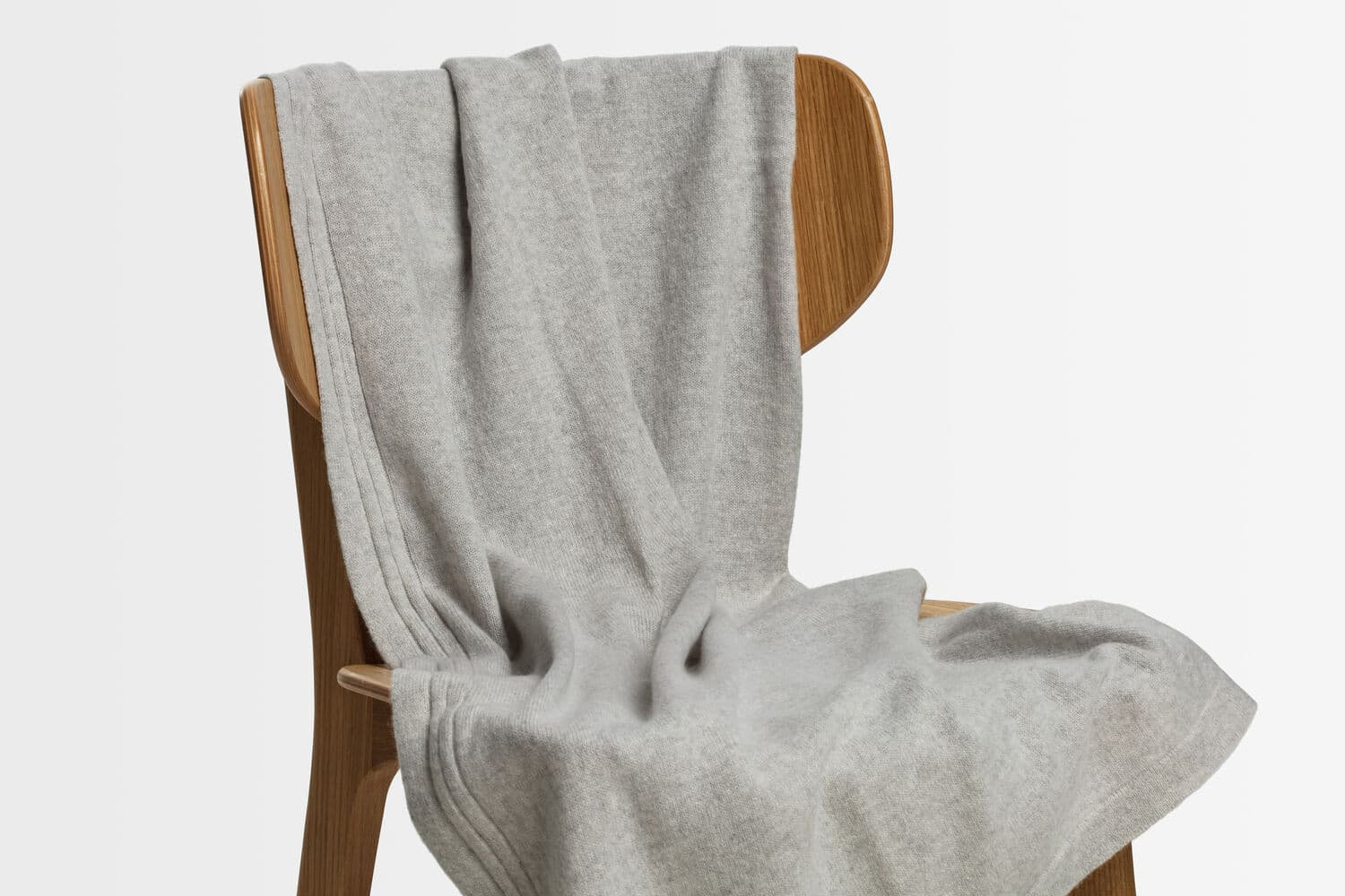 italian cashmere jersey throw in oyster