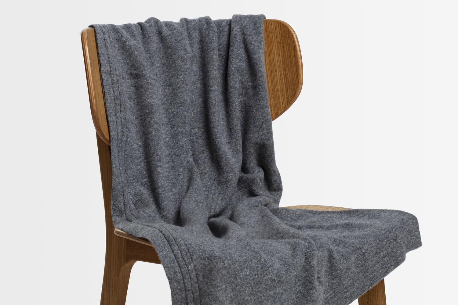 italian cashmere jersey throw in pale grey