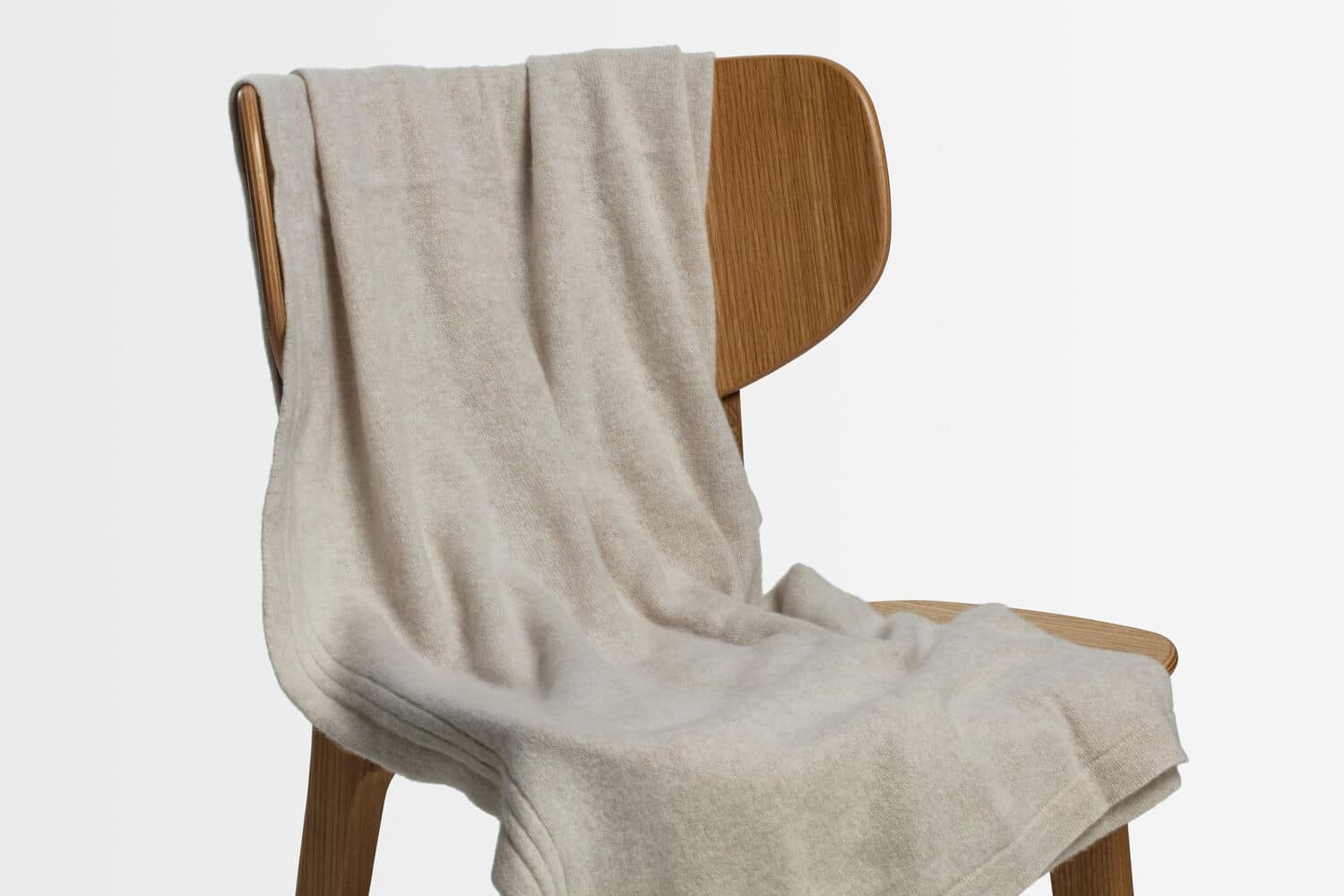 italian cashmere jersey throw in sand