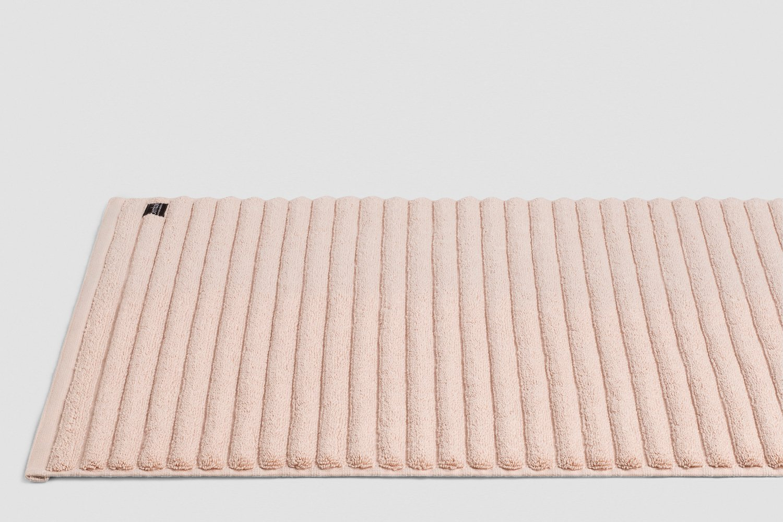 luxury turkish bath mats in blush colour